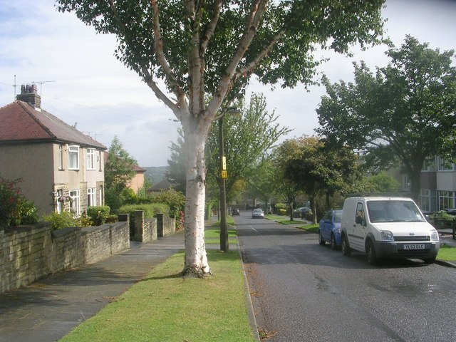 Wesley Grove - looking towards Cross Road