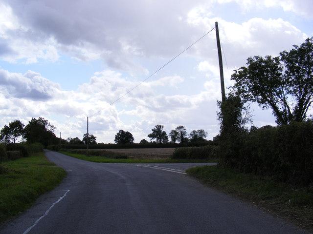 Road Junction near Warrens Farm