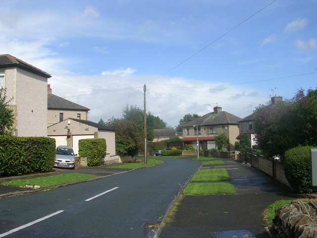 Leamington Drive - Leeds Road
