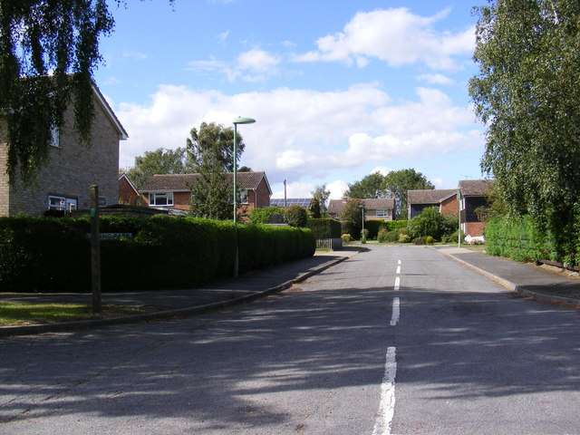 Spring Park & the footpath to Hall Lane