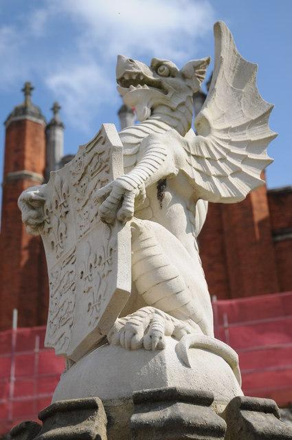 Heraldic beast, Hampton Court