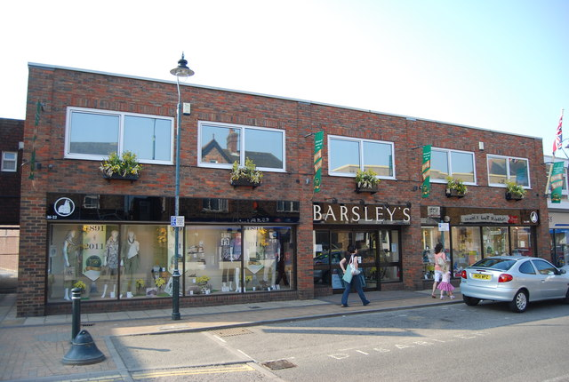 Barsley's, Commercial Rd
