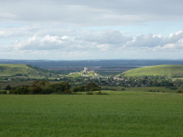 Kingston: splendid view towards Corfe Castle