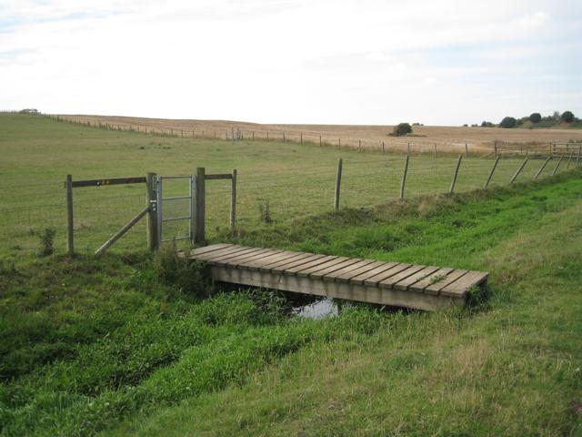 A neat little footbridge