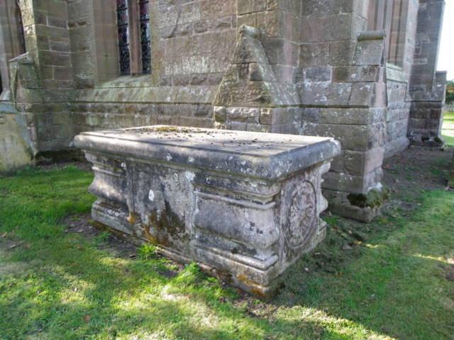 Tomb at Holy Trinity Church, Embleton
