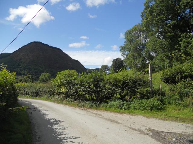 Lane along Cwm Pennant