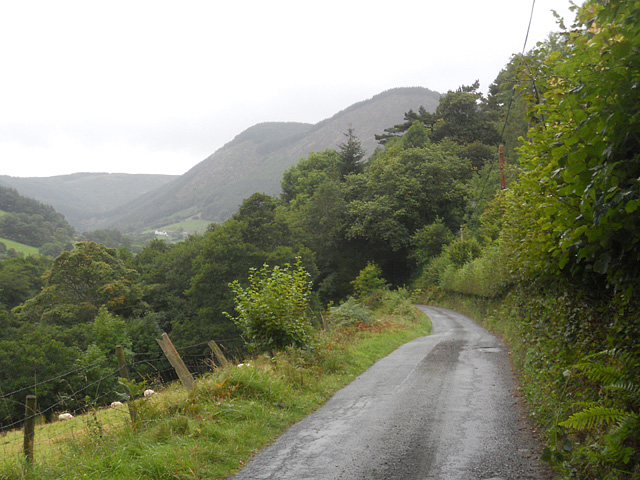 Regional route along Cwm Pennant