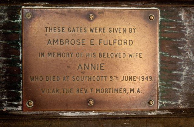 A plaque on the gate at the west entrance to the churchyard at Westleigh
