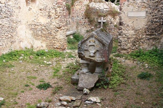 Mannington Church Ruin - Monument