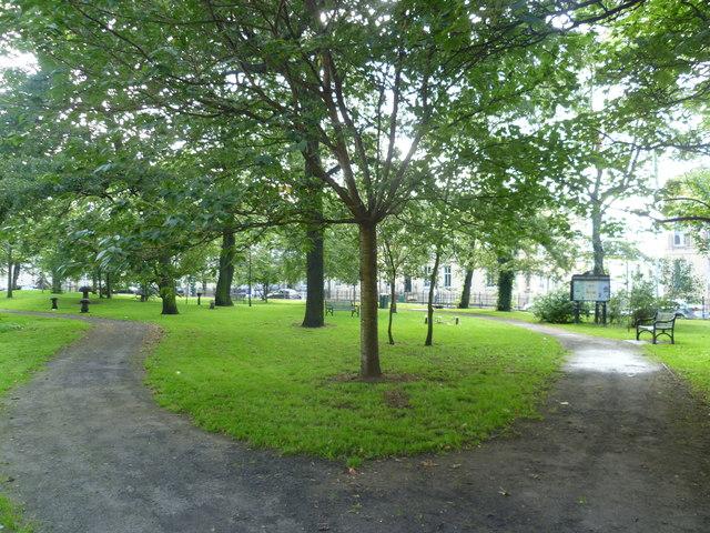 Hopetoun Crescent Garden
