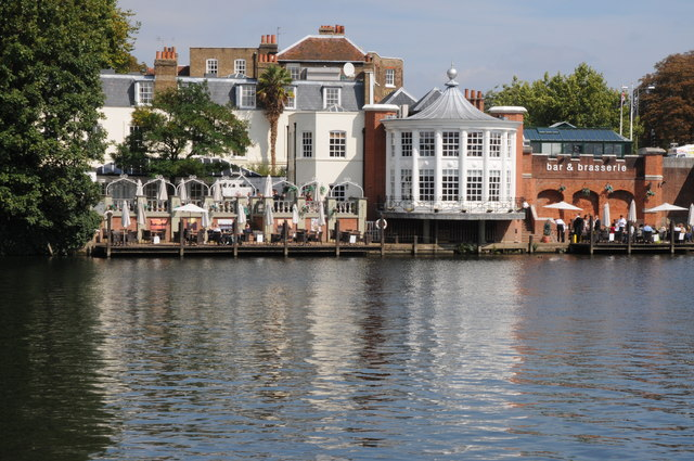 Mitre Hotel, Hampton Court
