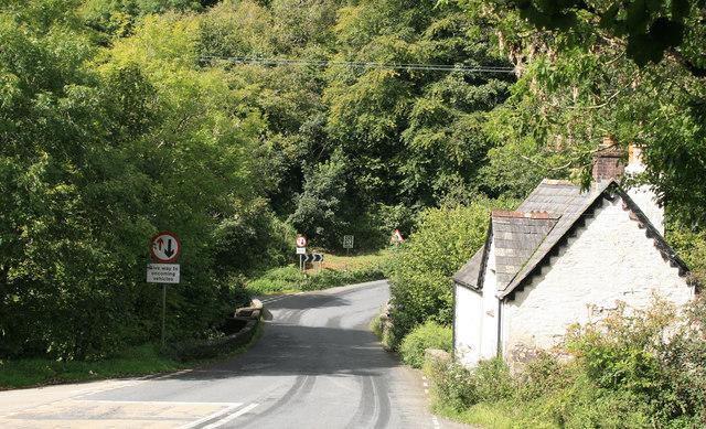 The approach to Newbridge