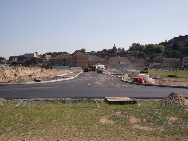 Tarmacking the new road in Rochester Riverside (2)