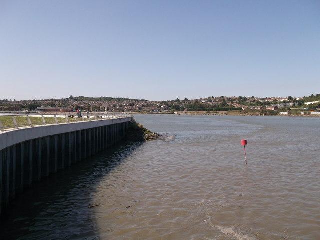 Riverwall of Limehouse Wharf