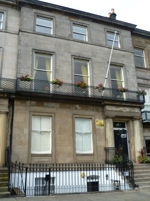 Scottish Free French House, Regent Terrace