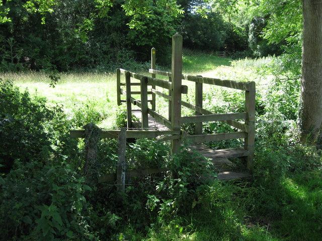 Footbridge over Candlestick Brook