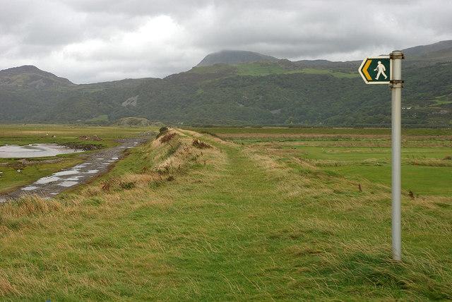 Dyke bordering the Mawddach estuary