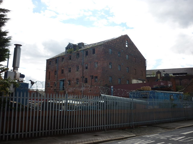 An old warehouse on the banks of the River Hull