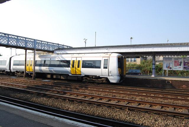 Train at Paddock Wood