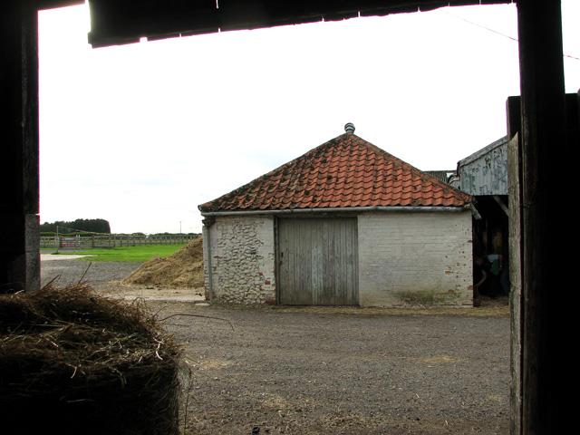 Old farm building, Ashill