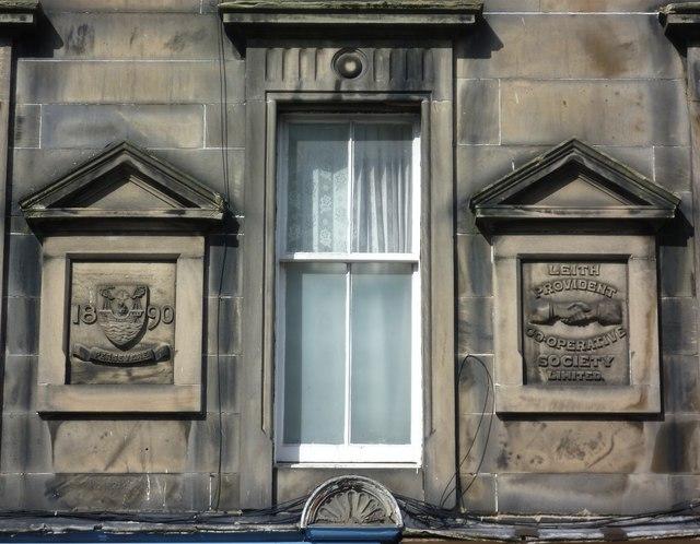 Builder's tablets, Dalmeny Street