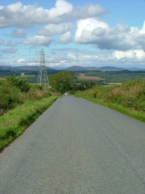 Minor road to Tibbermore