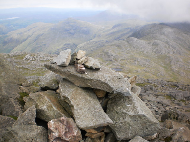 Bowfell summit view, towards Crinkle Crags