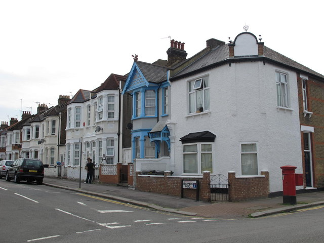 Lechmere Road / Balmoral Road, NW2