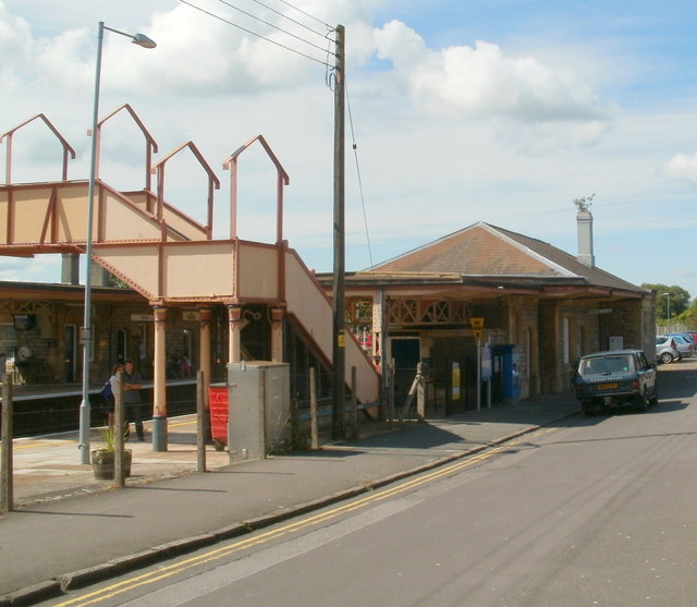 Grade II listed footbridge and station buildings, Yatton