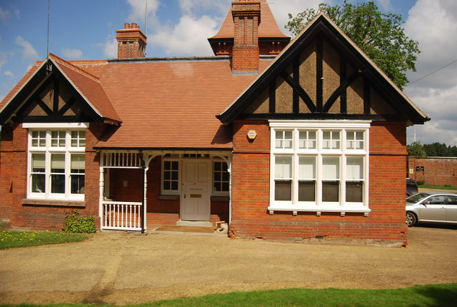Cottage by the A11, Elveden
