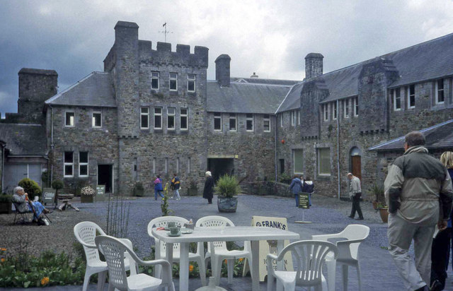 Picton Castle - Courtyard