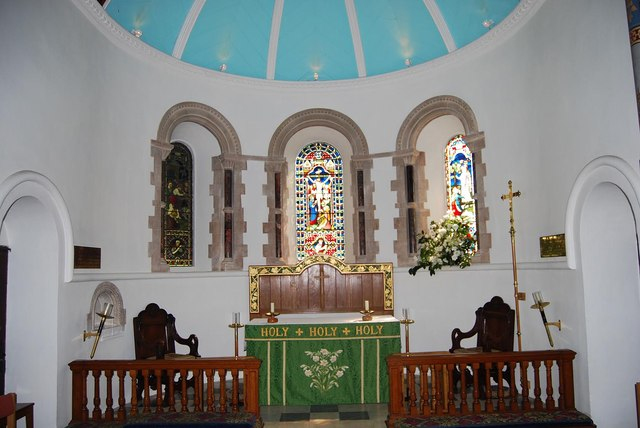 Interior of St Barnabas (3)