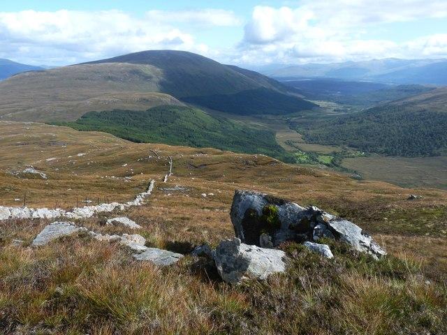 March dyke on Druim Gleann Loaigh