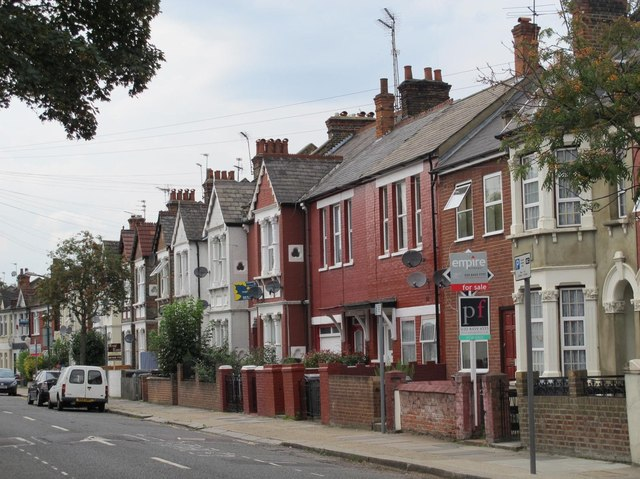 Chapter Road, NW2 (2)
