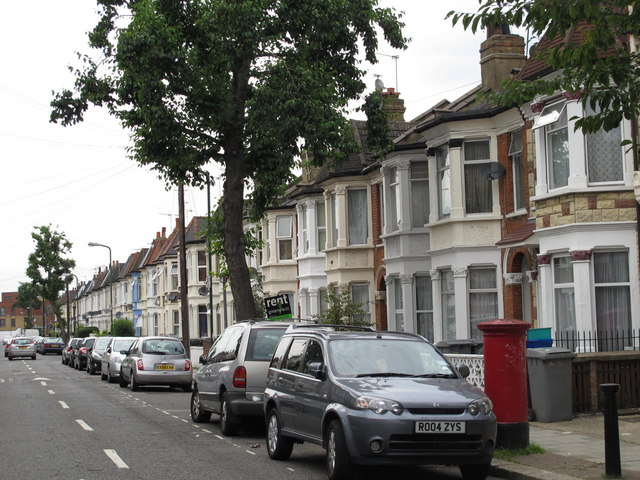 Chapter Road, NW2 (4)
