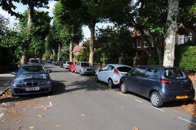 Albany Park Road