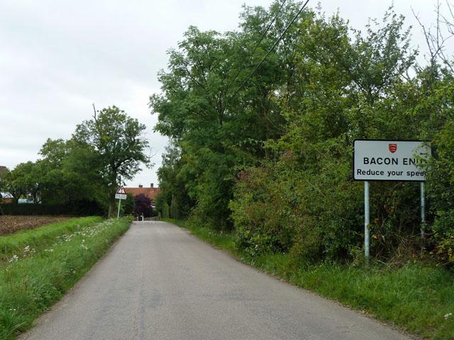 Entering Bacon End