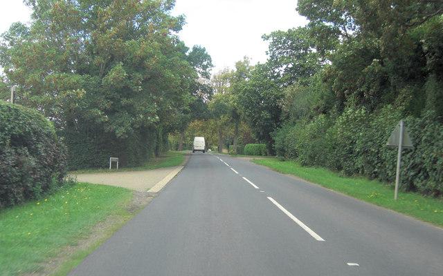 B2080 entering Tenterden