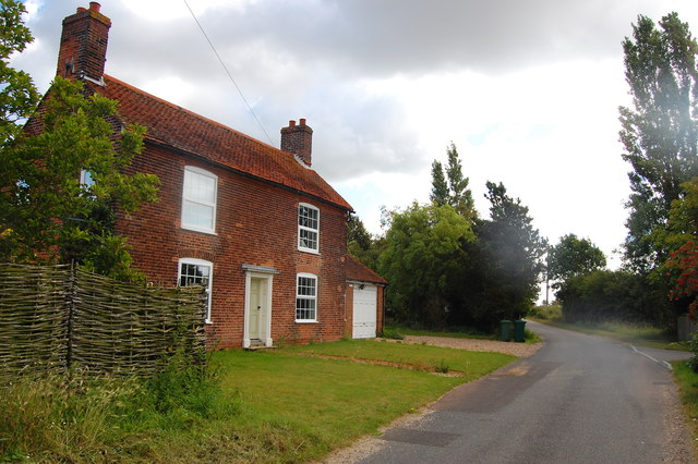 The Essex Way 154: House at Wrabness