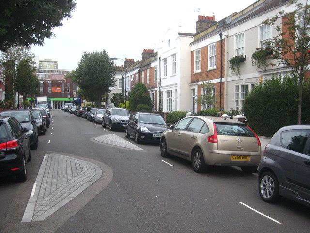 Traffic calming in Bedlescombe Road Fulham