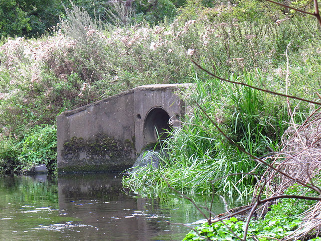 Drainage outfall into the Wandle