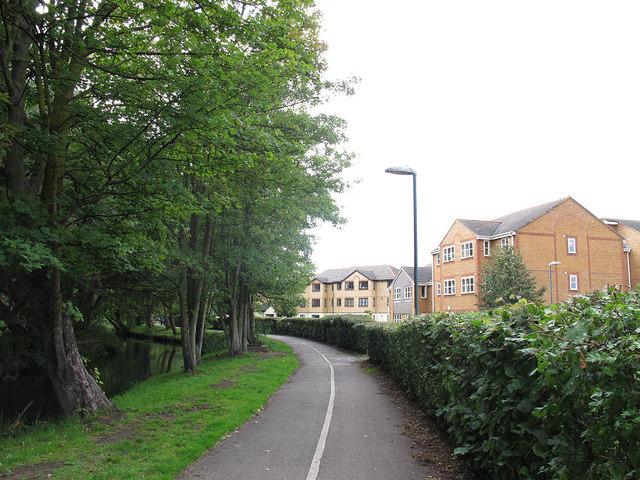 Wandle Trail near Beddington Corner