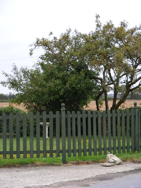 The Fence of Moat Farm
