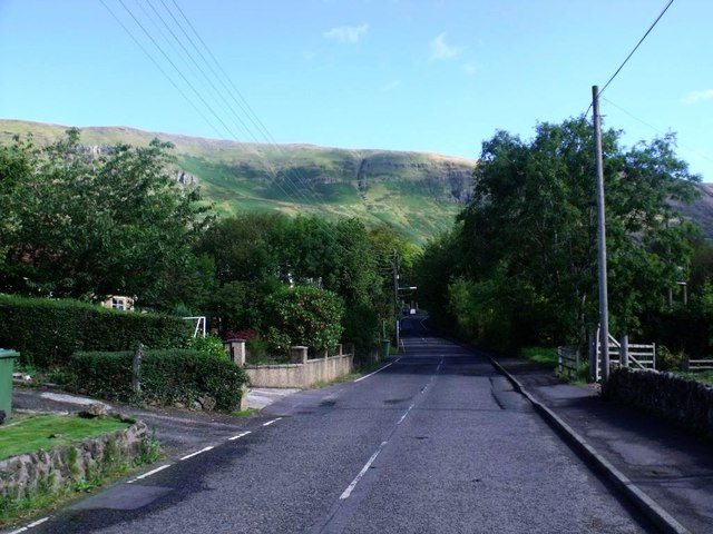 Lennoxtown, Crow Road [2]