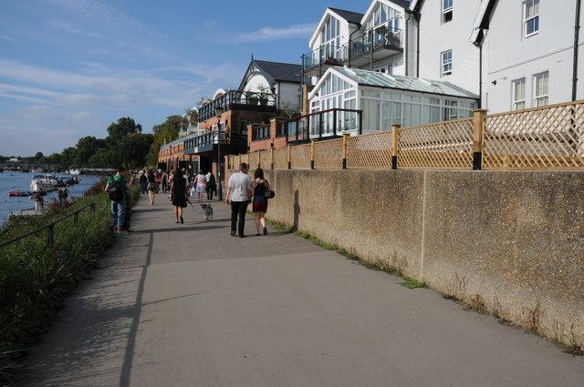 The Thames Path at Richmond