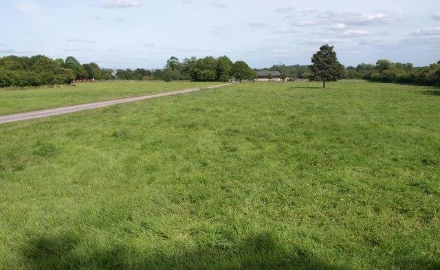 Farm buildings near Etchilhampton