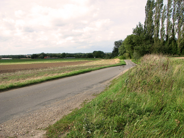 Approaching Scant's Corner on Brown's Lane, Holme Hale
