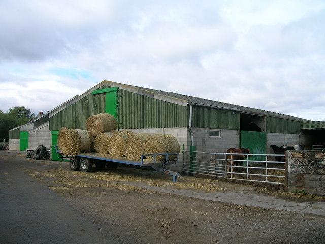 Farm buildings, Tilts