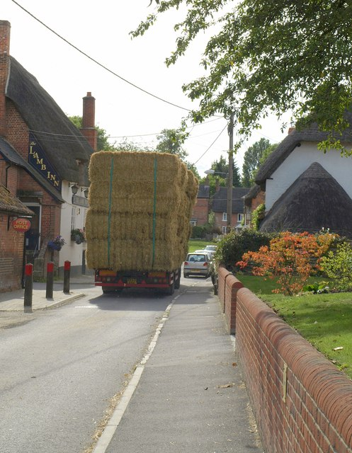 Hay lorry, Urchfont