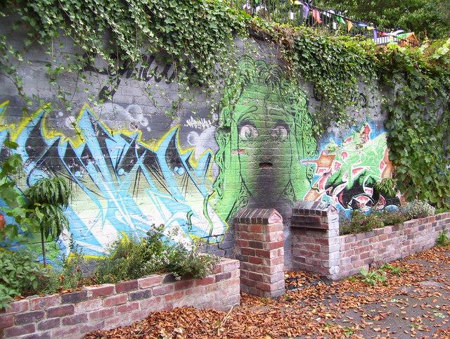 Mural in Lynwood Gardens